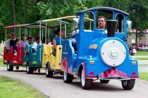trackless train rentals michigan party rentals 2