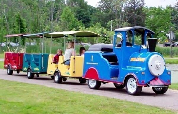 trackless train rentals michigan party rentals 3